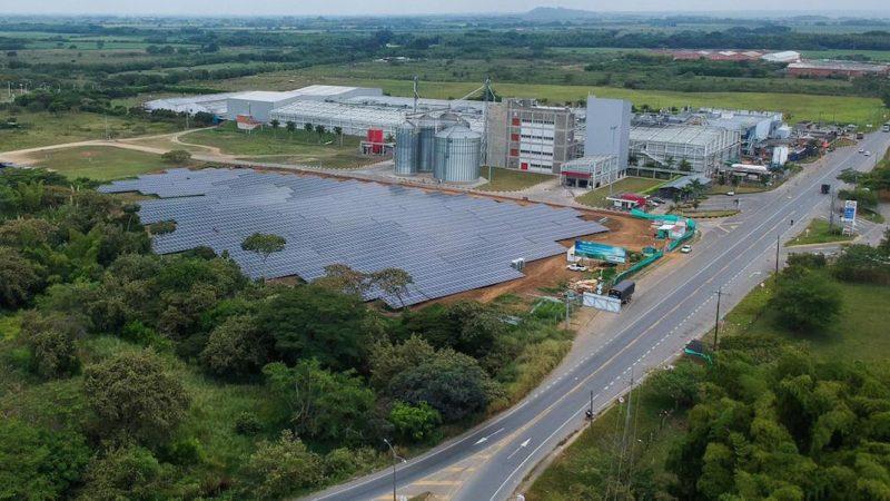 En marcha la granja de 4.890 paneles de autogeneración de energía solar