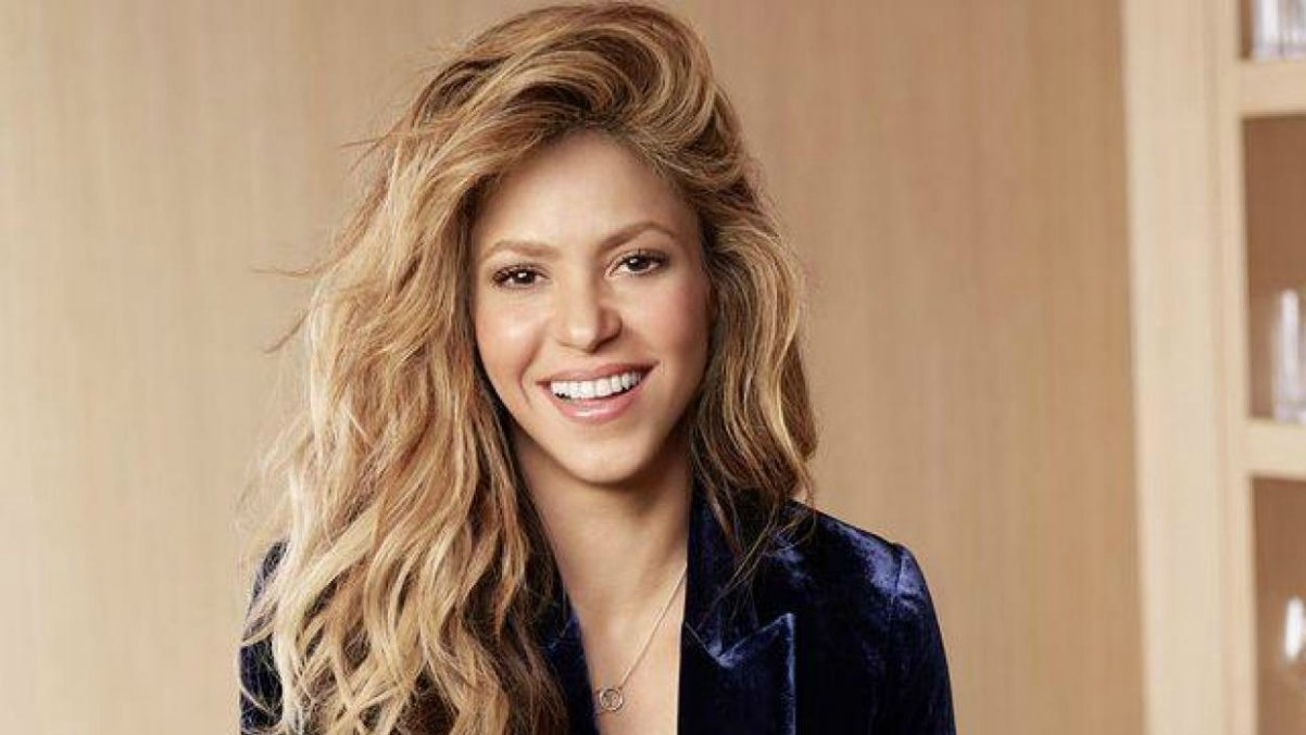Shakira baila al ritmo de Girl Like Me en el nuevo video con Black Eyed Peas