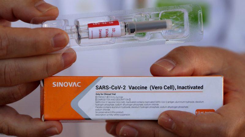 Suspenden aplicación de vacunas de Sinovac en Tolima por afectación en cadena de frio