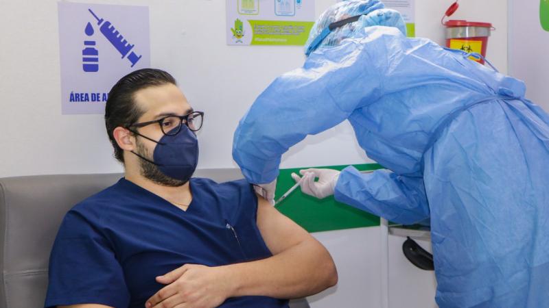 Montería inicia nuevamente vacunación del personal de salud de primera línea