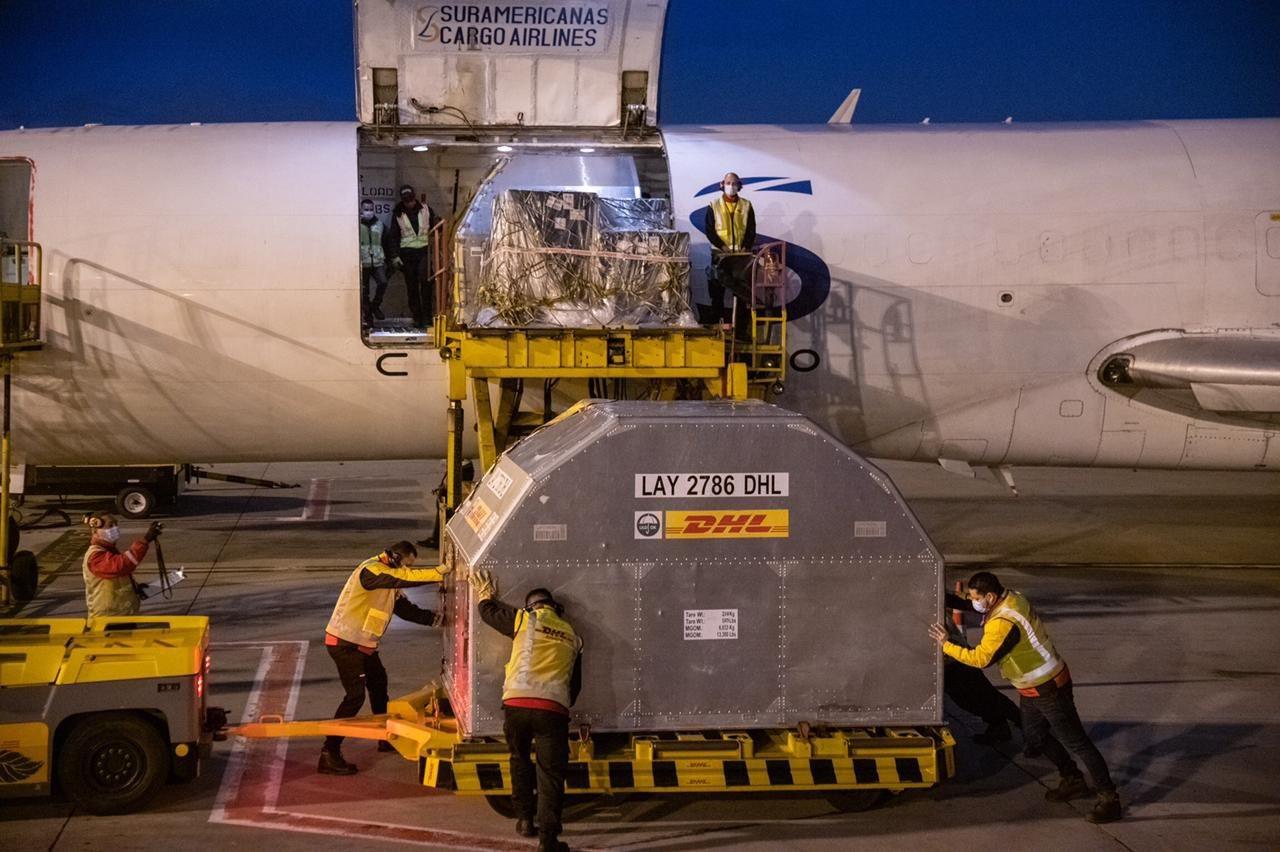 Llegó a Colombia nuevo cargamento de 100 mil dosis de la vacuna de Pfizer