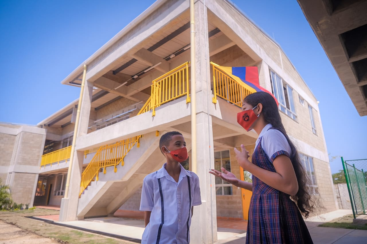 MinEducación y Alcalde Dau inauguran nuevas obras de I.E. Gabriel García Márquez
