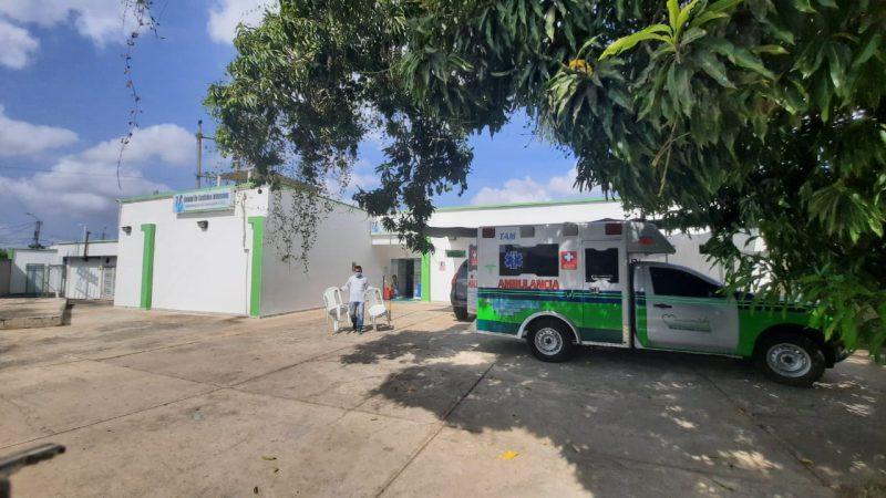 Enfermera que recibió vacuna contra Covid-19 siguió convulsionando; fue llevada a Montería