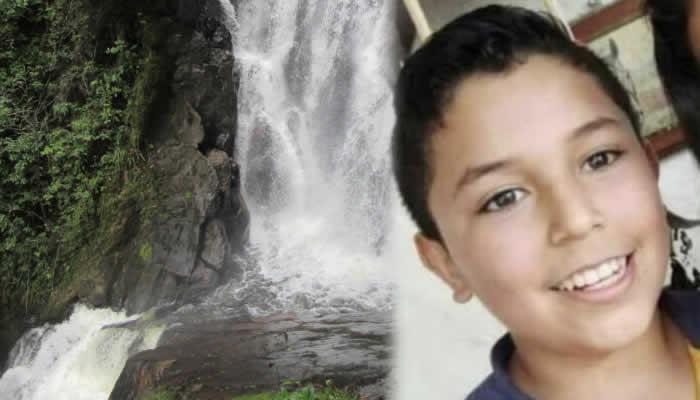 Joven cayó a abismo y murió cuando intentaba tomarse una foto en una cascada en Huila