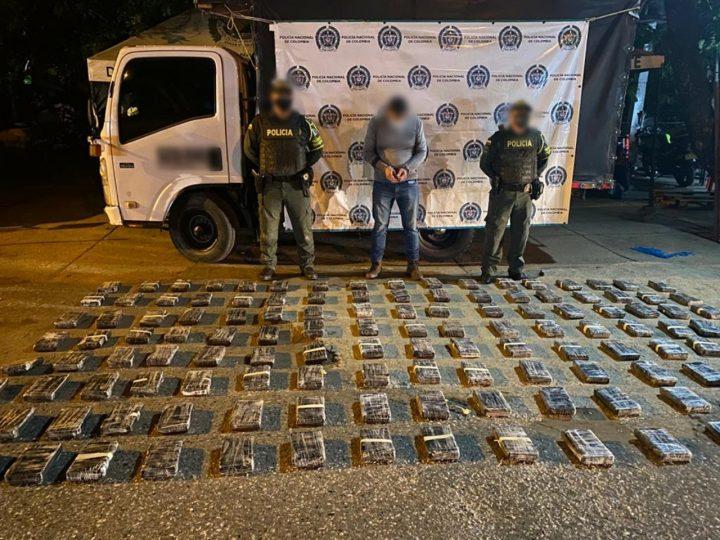 En Córdoba, Policía incauta 159 kilos de clorhidrato de cocaína